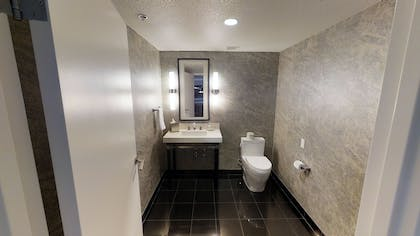 Half Bathroom | Ultra Boulevard Suite | Planet Hollywood Resort & Casino