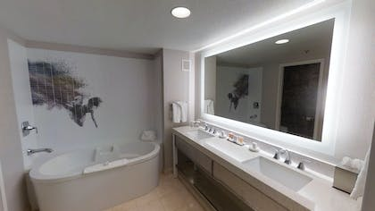 Master Bathroom | Ultra Hip Panorama King Suite | Planet Hollywood Resort & Casino