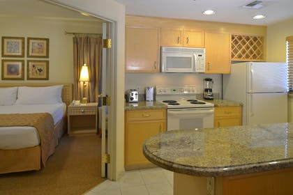 Kitchen | One Bedroom Suite | Polo Towers by Diamond Resorts