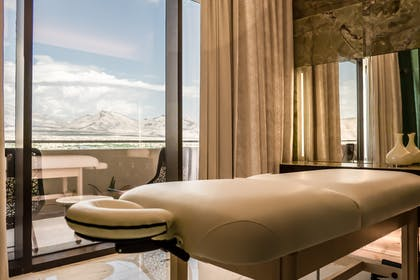 In-room massage | Canyon Suite | Red Rock Casino, Resort and Spa