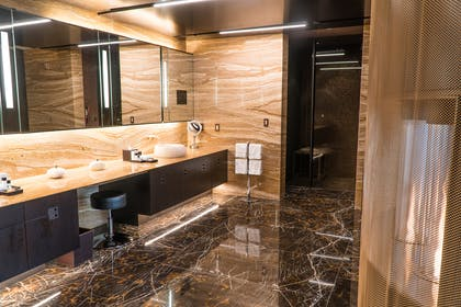 Bathroom | Top of the Rock Suite | Red Rock Casino, Resort and Spa