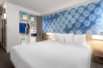 King Bed | Deluxe Poolside Cabana | 1 King  | The LINQ Hotel & Casino