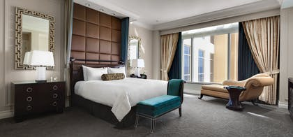 Bed 1 | Lago Suite | The Palazzo Resort Hotel & Casino