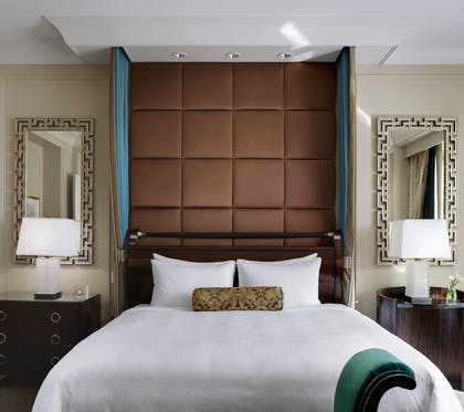 King Bed | Lago Suite | The Palazzo Resort Hotel & Casino