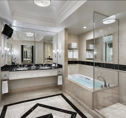 Luxury Bath | Luxury Suite + Luxury Suite | The Palazzo Resort Hotel & Casino