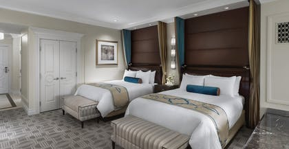 Bella View Beds | Siena View Suite + Bella View Suite | The Palazzo Resort Hotel & Casino