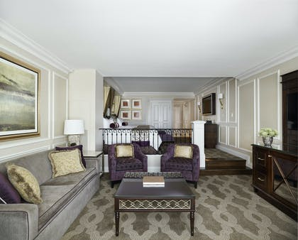 Living room | Bella View Suite + Bella View Suite | The Venetian Resort Hotel & Casino