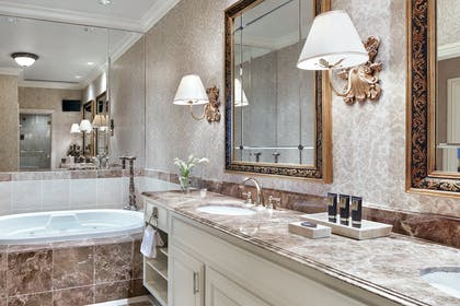 Bathroom | Two Bedroom Penthouse Suite | The Venetian Resort Hotel & Casino