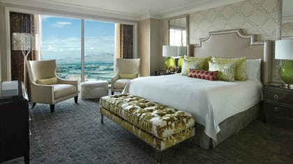 Bed Room | One-Bedroom Suite King | Four Seasons Hotel Las Vegas