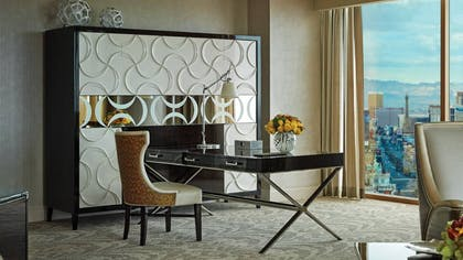 Desk | Sunrise Sunset Suite | Four Seasons Hotel Las Vegas