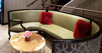 Lounge | Bungalow | The Cosmopolitan of Las Vegas