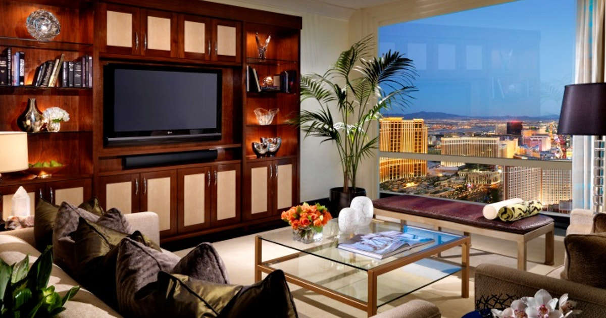 Two-Bedroom Penthouse At Trump International Hotel Las