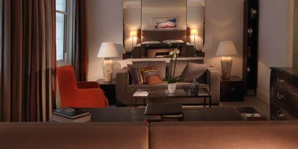 Living room | Junior Suite | Brown's Hotel, a Rocco Forte Hotel
