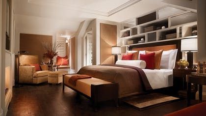 Bedroom | The Explorer's Penthouse  | Corinthia Hotel London