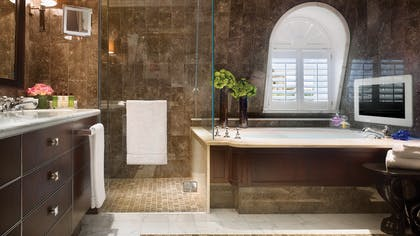 Bathroom | The Musician's Penthouse | Corinthia Hotel London