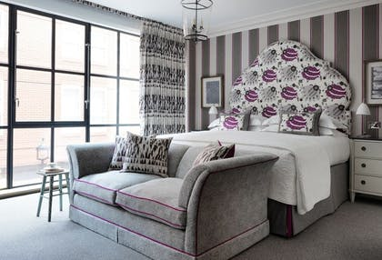 Bedroom | Deluxe Junior Suite + Deluxe Junior Suite + Deluxe Room | Ham Yard Hotel
