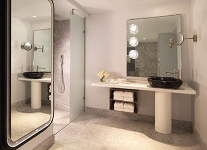 Bathroom | River View Balcony Suite + River View Deluxe | Mondrian London at Sea Containers