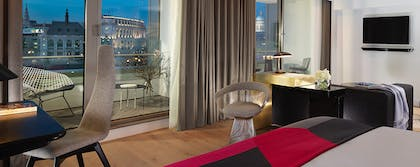 Living room | River View Balcony Suite + River View Deluxe | Mondrian London at Sea Containers