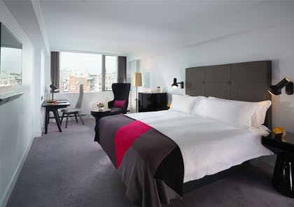 Bedroom | River View Loft Suite + River View Deluxe | Mondrian London at Sea Containers
