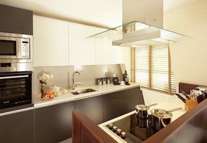 Kitchen | Minsters Deluxe Two Bedroom Suite | Taj 51 Buckingham Gate Suites and Residences
