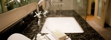 Sink | Executive Junior Suite + Deluxe Room | The Arch London