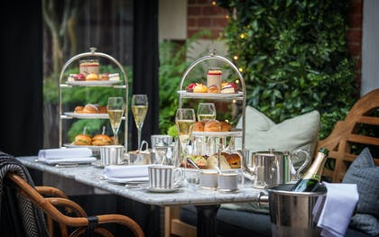 Afternoon Tea - Dalloway 2 | The Bloomsbury Hotel