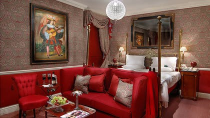 Bedroom | The V & A Suite | The Egerton House Hotel