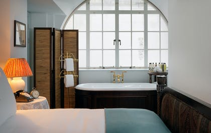 Deep soaking tub | Two Bed Family Suite | The Ned Hotel