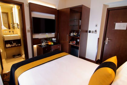 Bedroom | Junior Suite | The Piccadilly London West End