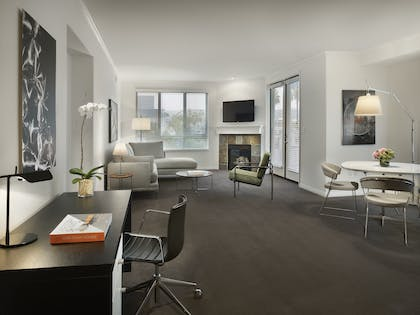 Living Room  | Two Bedroom Suite | AKA Beverly Hills