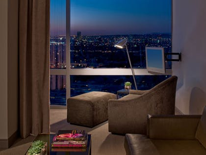 Living room | Andaz Red Suite | Andaz West Hollywood