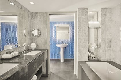 Bathroom | Andaz Red Suite | Andaz West Hollywood