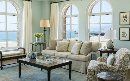 Living room | Ocean View Suite | One Bedroom | Hotel Casa Del Mar