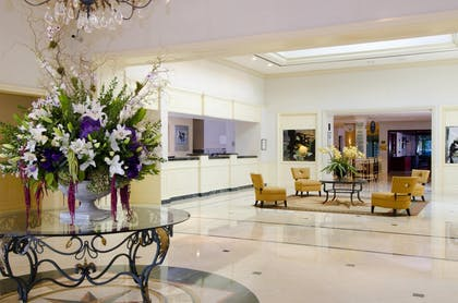 Lobby Area | DoubleTree by Hilton Hotel Torrance - South Bay