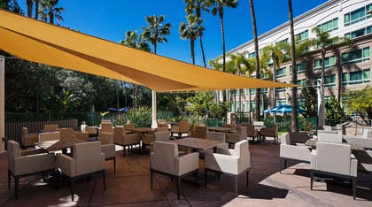 Covered Dining | DoubleTree Suites by Hilton Santa Monica