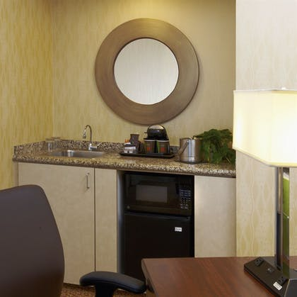 DTLASM.jpg | 1 King Bed 1 Bedroom Suite with Balcony | DoubleTree Suites by Hilton Santa Monica