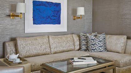 Living room | Viceroy Junior Suite | L'Ermitage Beverly Hills