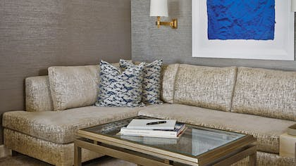 Living room | Viceroy Studio Double Suite + Viceroy Skyline Studio Suite | L'Ermitage Beverly Hills