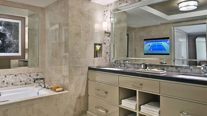 Bathroom | Viceroy Studio Double Suite | L'Ermitage Beverly Hills