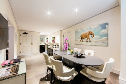 Dining Area | Executive Suite | Mosaic Hotel - Beverly Hills