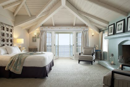 Bedroom area | The Pacific Suite | Pacific Edge Hotel