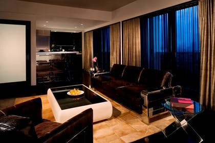 Living room | Sixty Suite | SIXTY Beverly Hills Hotel