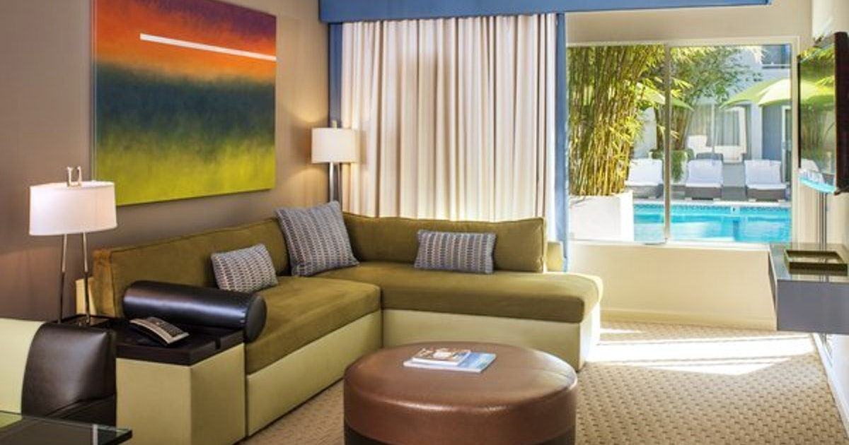 Deluxe One Bedroom Suite Junior Suite 2 Doubles At Sunset Marquis Suiteness More