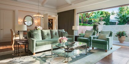 Living room | Presidential Bungalow | The Beverly Hills Hotel