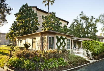 Exterior | Two Bedroom Ford Cottage Suite | The Langham Huntington, Pasadena