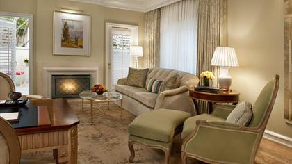 Living room | Villa Suite with Jacuzzi | The Peninsula Beverly Hills
