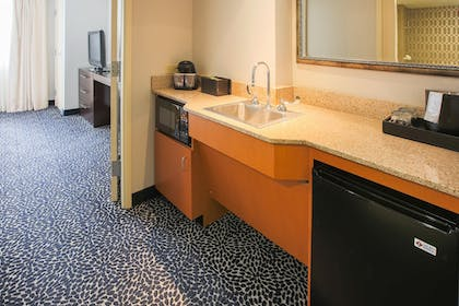 Two Doubles Accessible Wetbar | 2 Room Suite-1 King Bed-Non-smoking + 2 Room Suite-2 Double Beds-Non-smoking-ADA Accessible | Embassy Suites by Hilton Louisville East