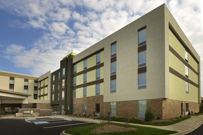 Hotel Exterior | Home2 Suites by Hilton Louisville East/Hurstbourne