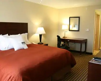 King Bed.jpg | 1 King 2 Queen Beds 2 Bedroom 2 Bath Suite | Homewood Suites by Hilton Macon-North