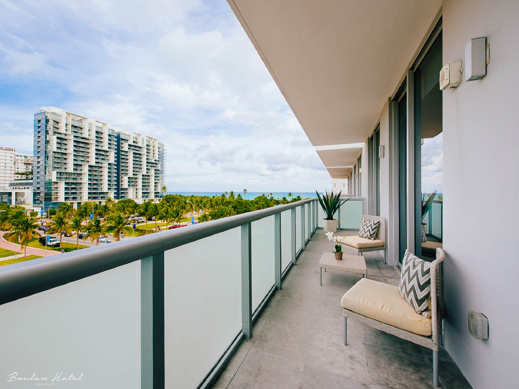 Deluxe One Bedroom Suite At Boulan South Beach Suiteness